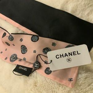 CHANEL Accessories - Chanel 100% Silk Black Twilly Scarf NWT